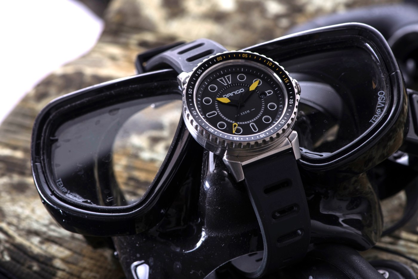 Dango dive watch