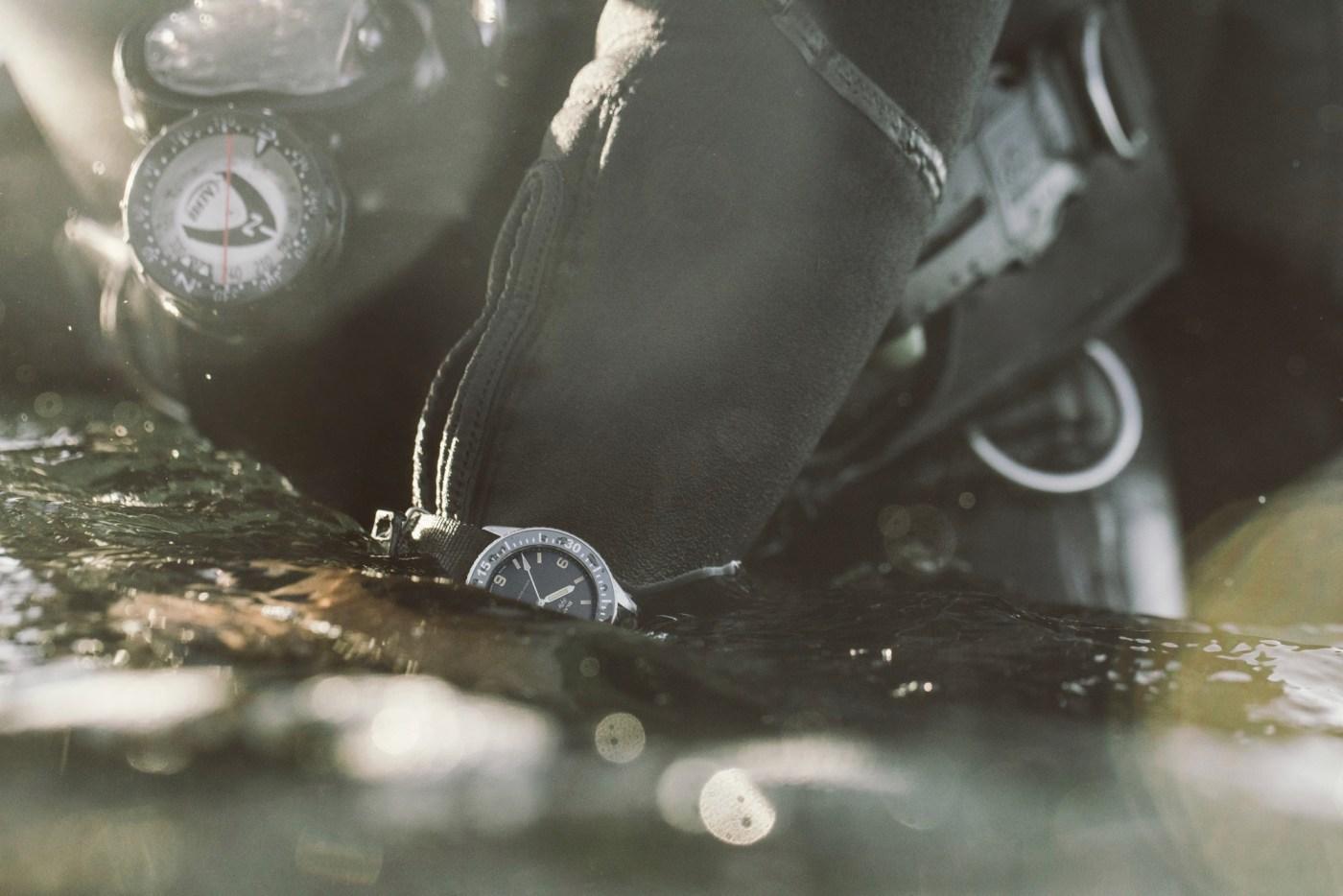 Hodinkee Blancpain diving shot