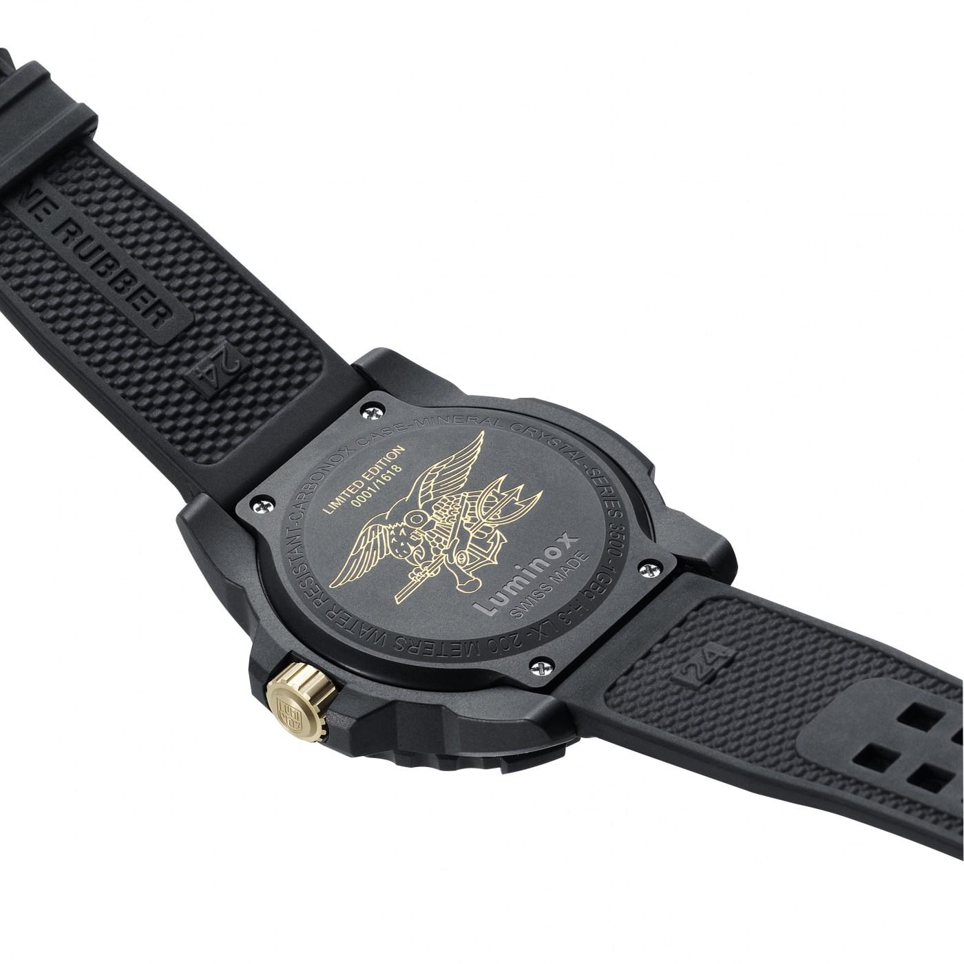 Luminox Navy Seal 3500 Gold caseback