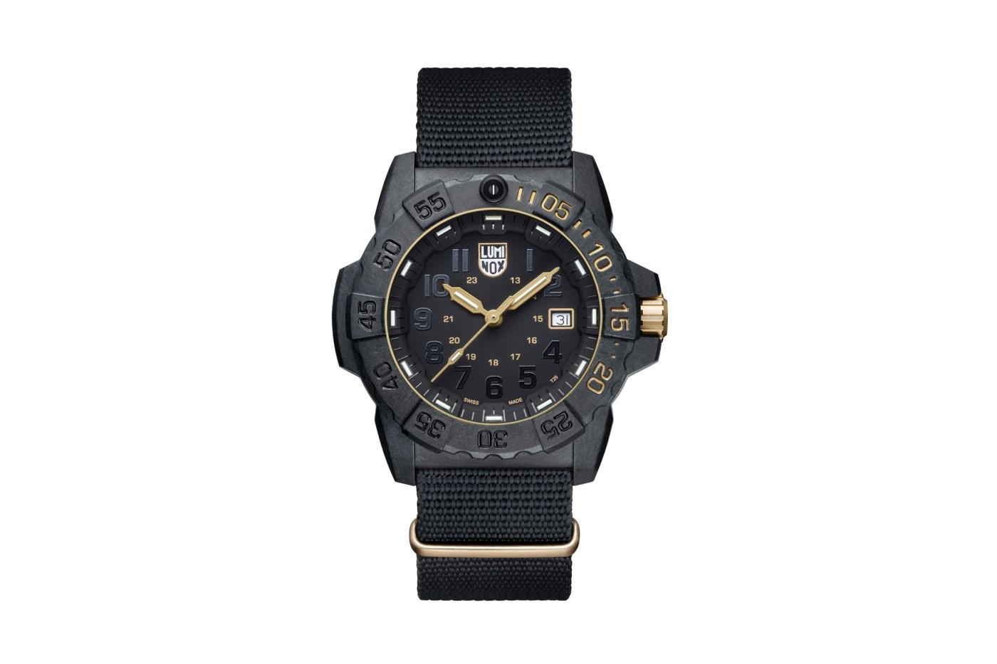 Luminox Navy Seal 3500 Gold