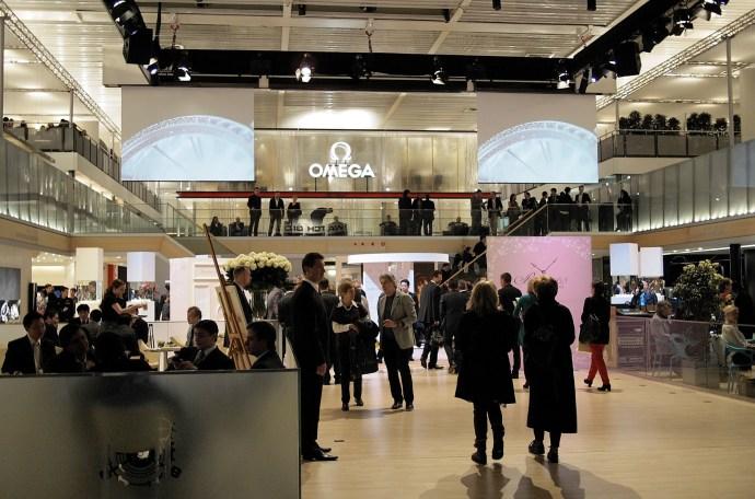 Swatch Group Baselworld Plaza 2012, Nick Hayek Jr. center