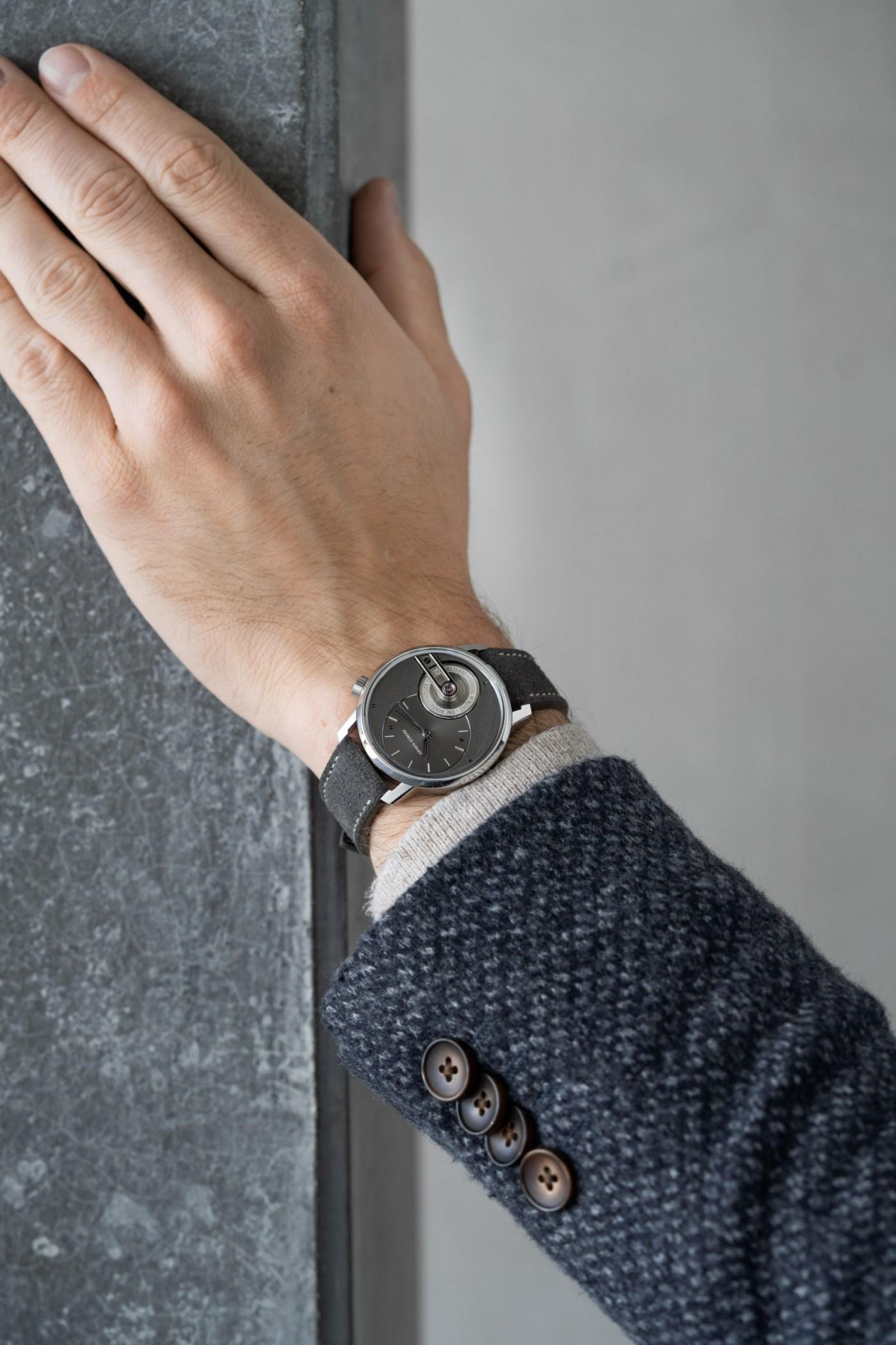 Armin Strom Tribute 1 wristshot