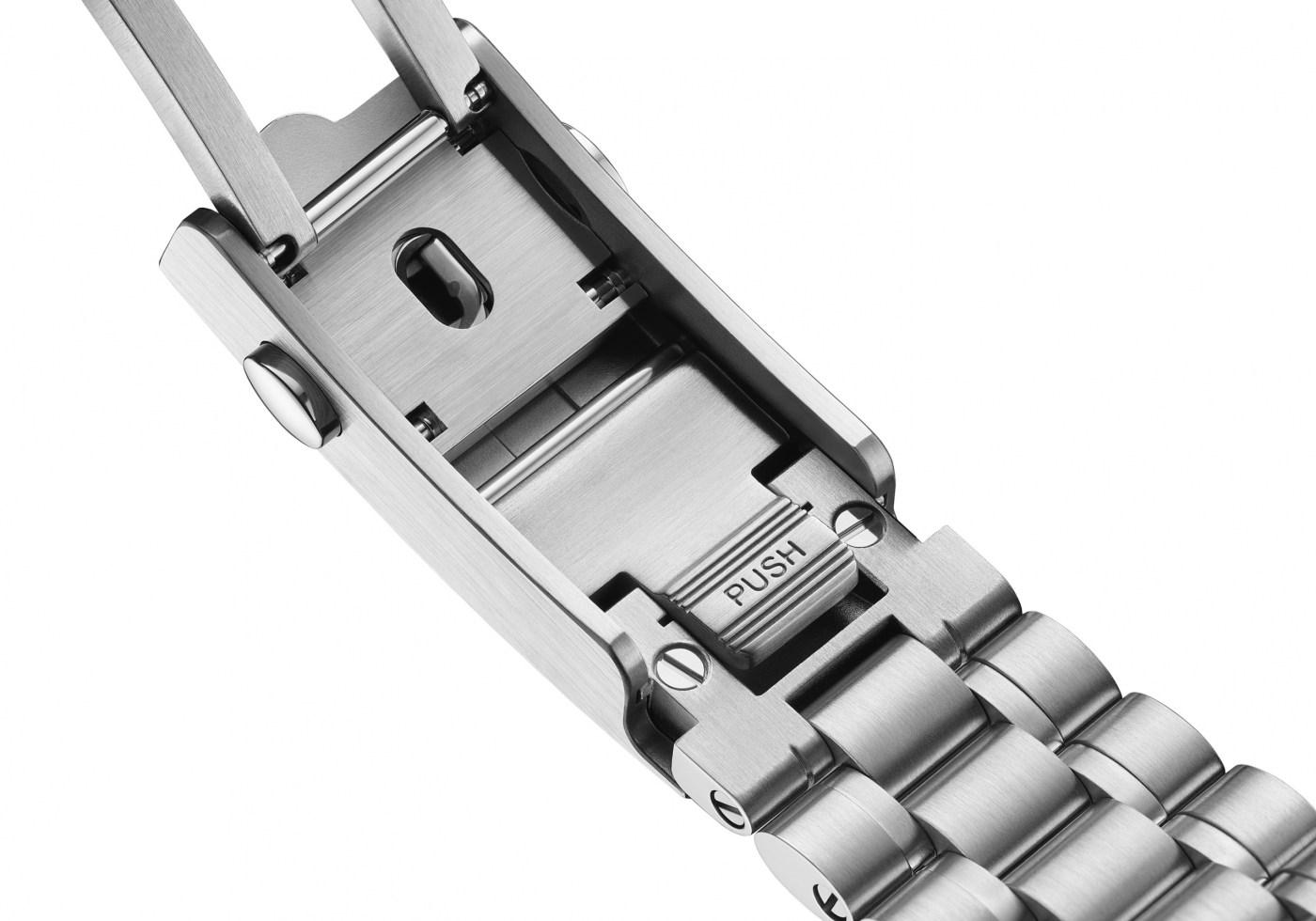 2021 Omega Speedmaster Chronoscope bracelet