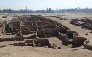 Maior cidade antiga do Egito é descoberta perto de Luxor