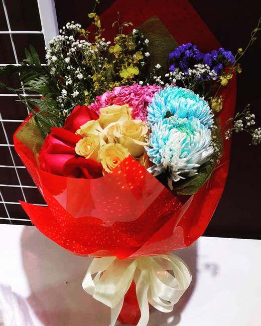 jambgan bunga lufya gift Surprise Delivery