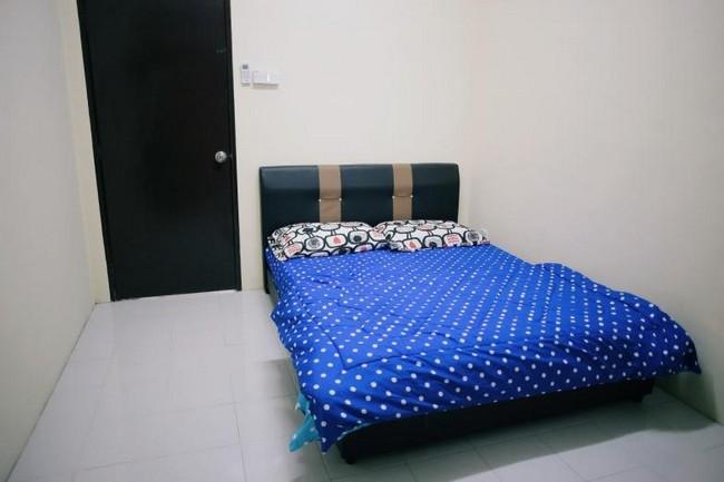 bedrooms-in-arau-idaman-homestay
