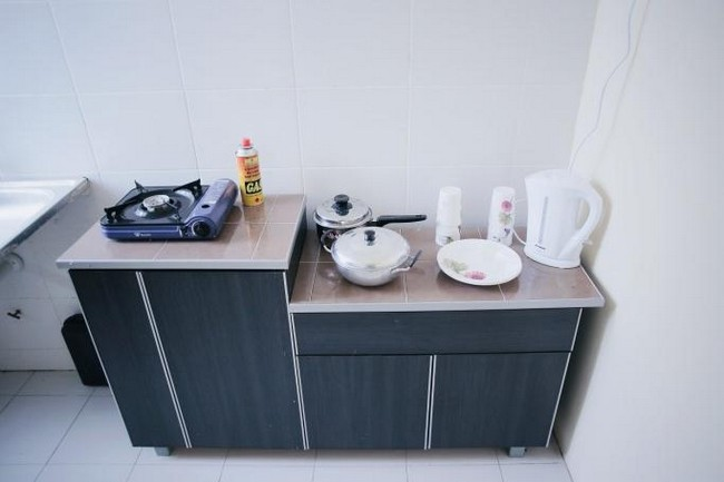 kitchen-at-arau-idaman-homestay
