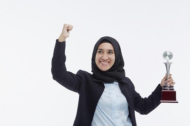 Wanita Yang Ada Keterampilan Diri