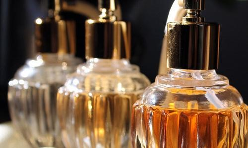 Tips memilih perfume mengikut aura badan seseorang itu