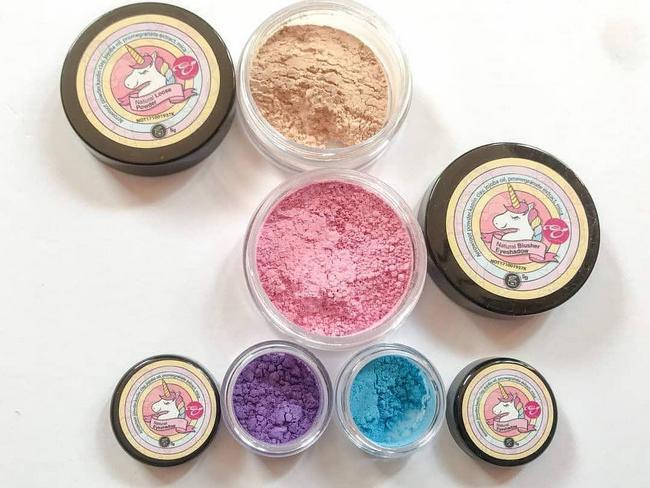 set make up kaya khasiat