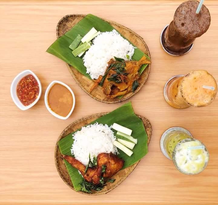 Selain adanya Nasi Kukus Ayam Kampung Terbaik di Kuala Lumpur
