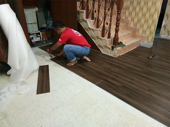 Ciri Servis Pemasangan Vinyl Flooring