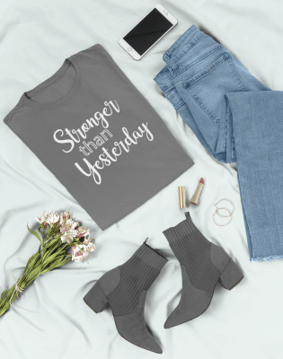 flat-lay-tee-mockup-of-a-fashionable-outfit-26331(6)