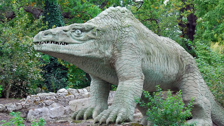 Megalosaurus in 2008 Crystal Palace Dinosaurs, Crystal Palace Park, London | ProfJoeCain