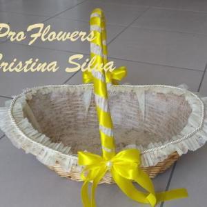 Cesta para brindes em amarelo aprox. 35cm