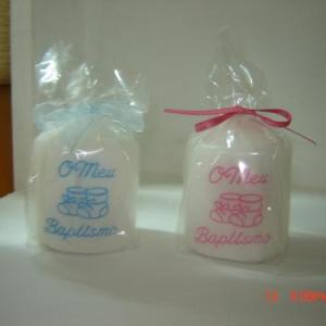 Vela Baptizado c/ botinhas em rosa ou azul