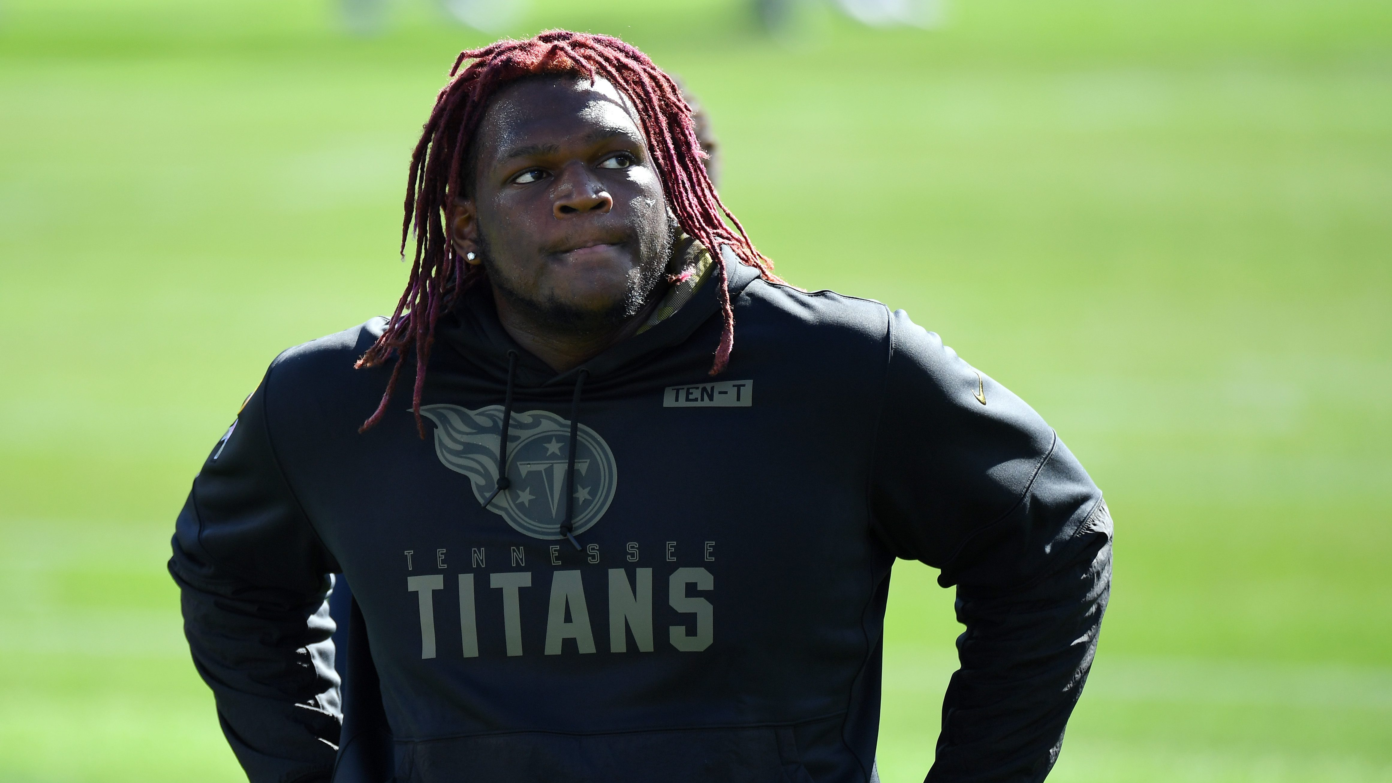 Report: Titans shopping Isaiah Wilson, open to trading him