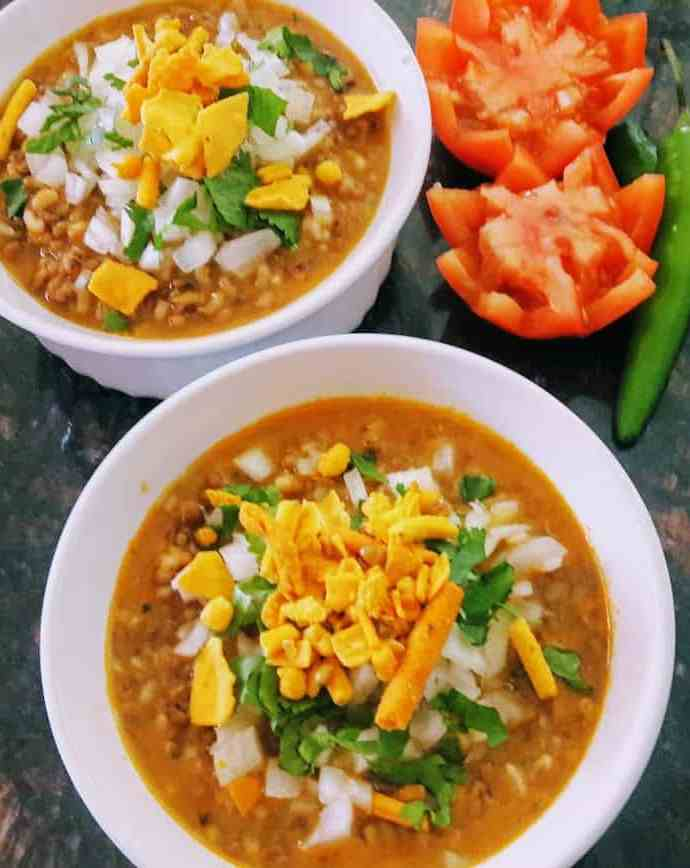 Misal/ Sprouted Lentil Curry / InstantPot