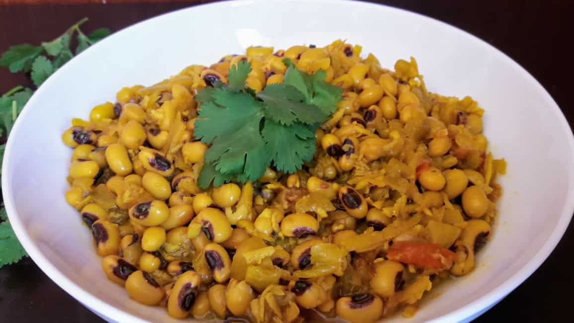 BLACK EYED PEAS COCONUT CURRY – CHAVALI CHI USAL – InstantPot