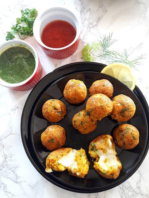Cheesy Potato Poppers – Croquettes
