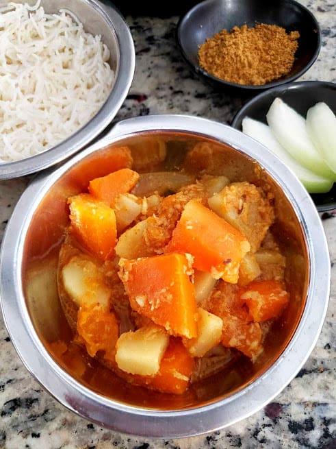Pumpkin Potato Curry - InstantPot , Vegan
