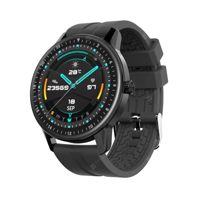Kospet Magic 2 виглядає як звичайний електронний годинник