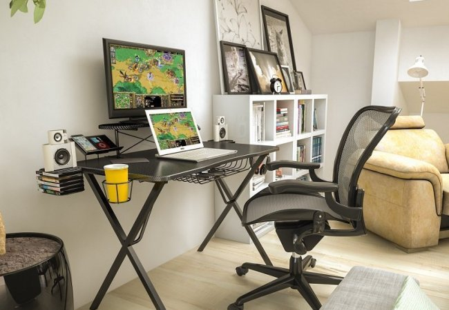 image of pc gaming desk