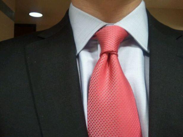 Nodo-cravatta-doppio