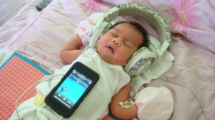 7 Essential Tech Gadgets to Consider for Your Baby