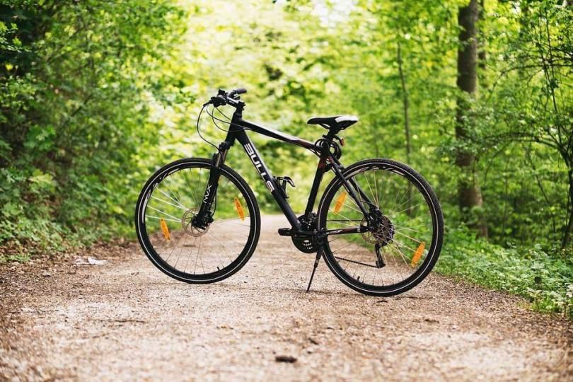 6 Essential Tools fora Mountain Bike Tour