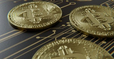 What are the benefits of using the Crypto Currency options?