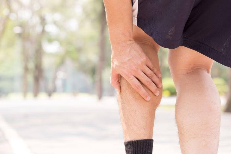 How do I know if I have circulatory problems in my legs