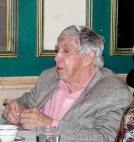 Luis Posada Carriles, en Versailles