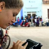 Zonas wifi: #Internet ya está en el aire de #Cuba