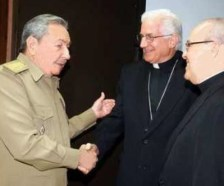 President Castro with Archbishop García and Cardinal Ortega in 2011.
