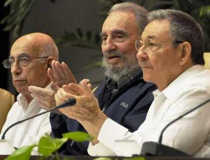 José Ramón Machado Ventura, Fidel and Raúl Castro at the Sixth Congress. They represent the historical leadership of the Revolution.