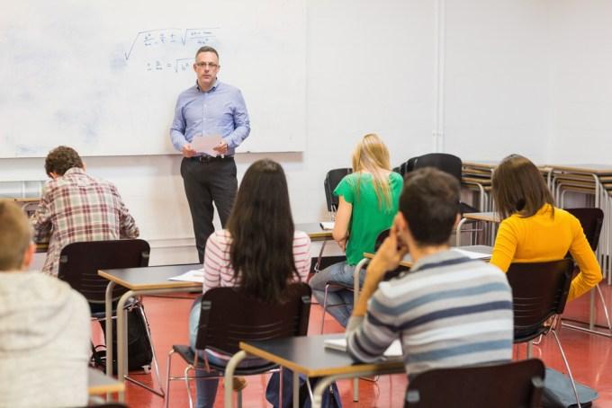Hoe statische mindsets van docenten hun studenten belemmeren