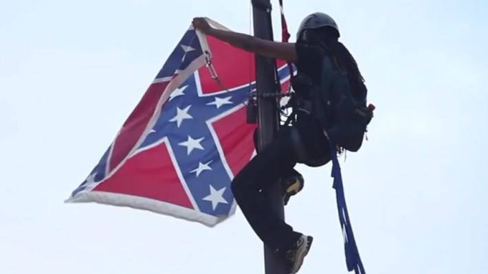 South Carolina Activist Takes Down Confederate Flag