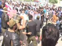 لاہور: نیشنل لائسنسنگ ایگزام کے خلاف طلبہ کے احتجاج پرپولیس کا لاٹھی چارج!