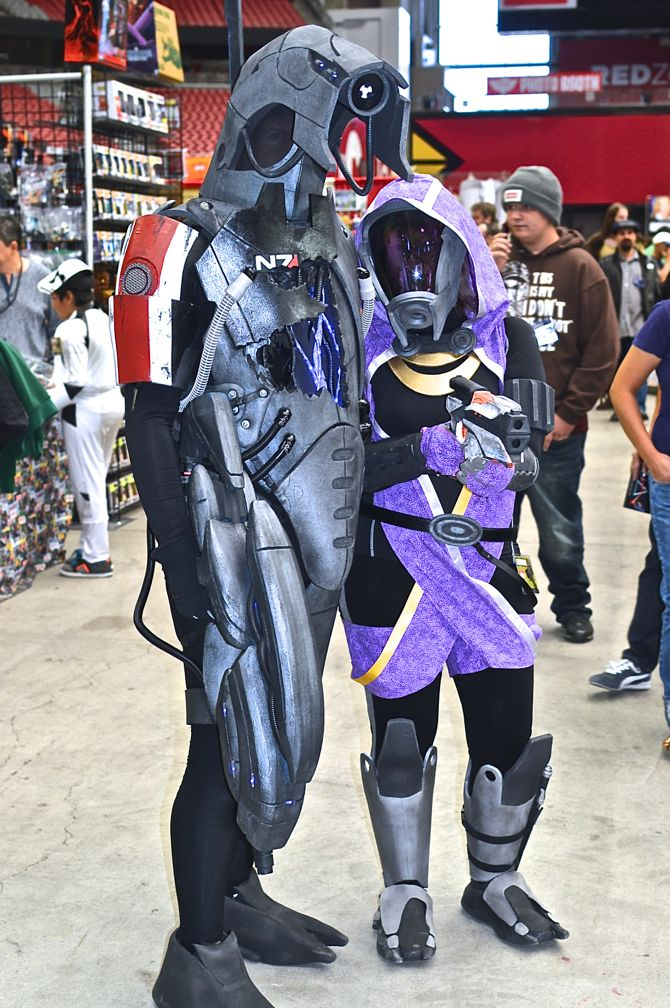 Project-Nerd, Marvel, DC Comics, comics, gaming, cosplay, costuming, cosplayers, over 30 cosplay, Phoenix Comicon Fan Fest, 10