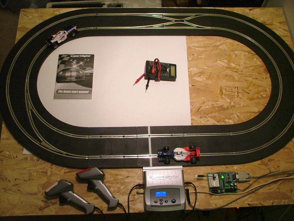 Testing Area, and pretty much the smallest track circuit you can set up with this kit