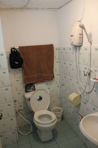 Toilet/shower combo made it impossible to not soak everything in the bathroom