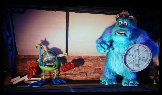 Epson EH-TW5300 Monsters Inc