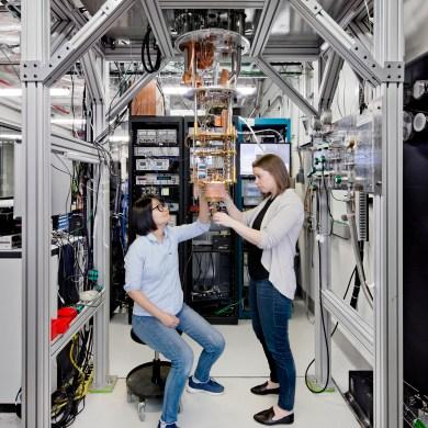 IBM quantum computing Image