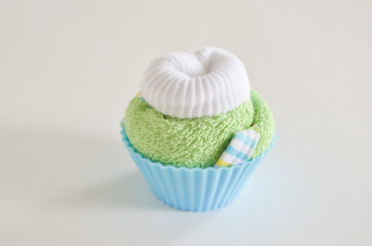 Baby Washcloth Cupcakes Tutorial