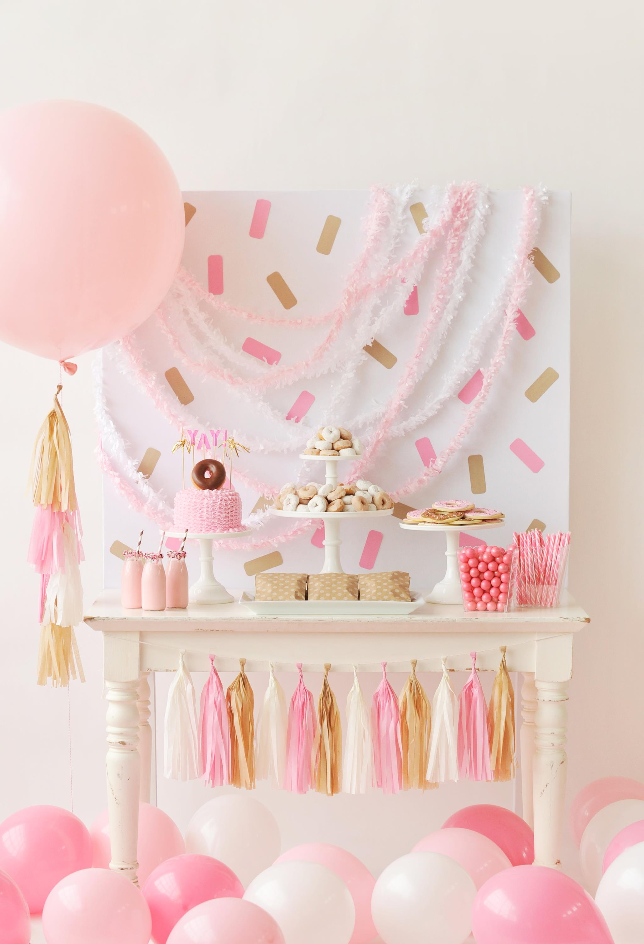 Yellow Themed Baby Shower Ideas