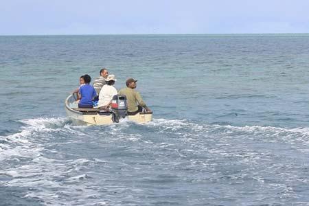 diwi family boating palau