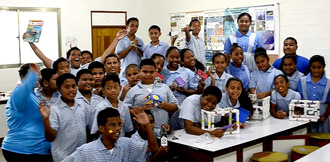 palau students with your their ROVs and magazine article