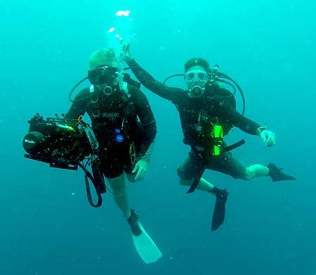 underwater scanner used by divers for bentprop palau