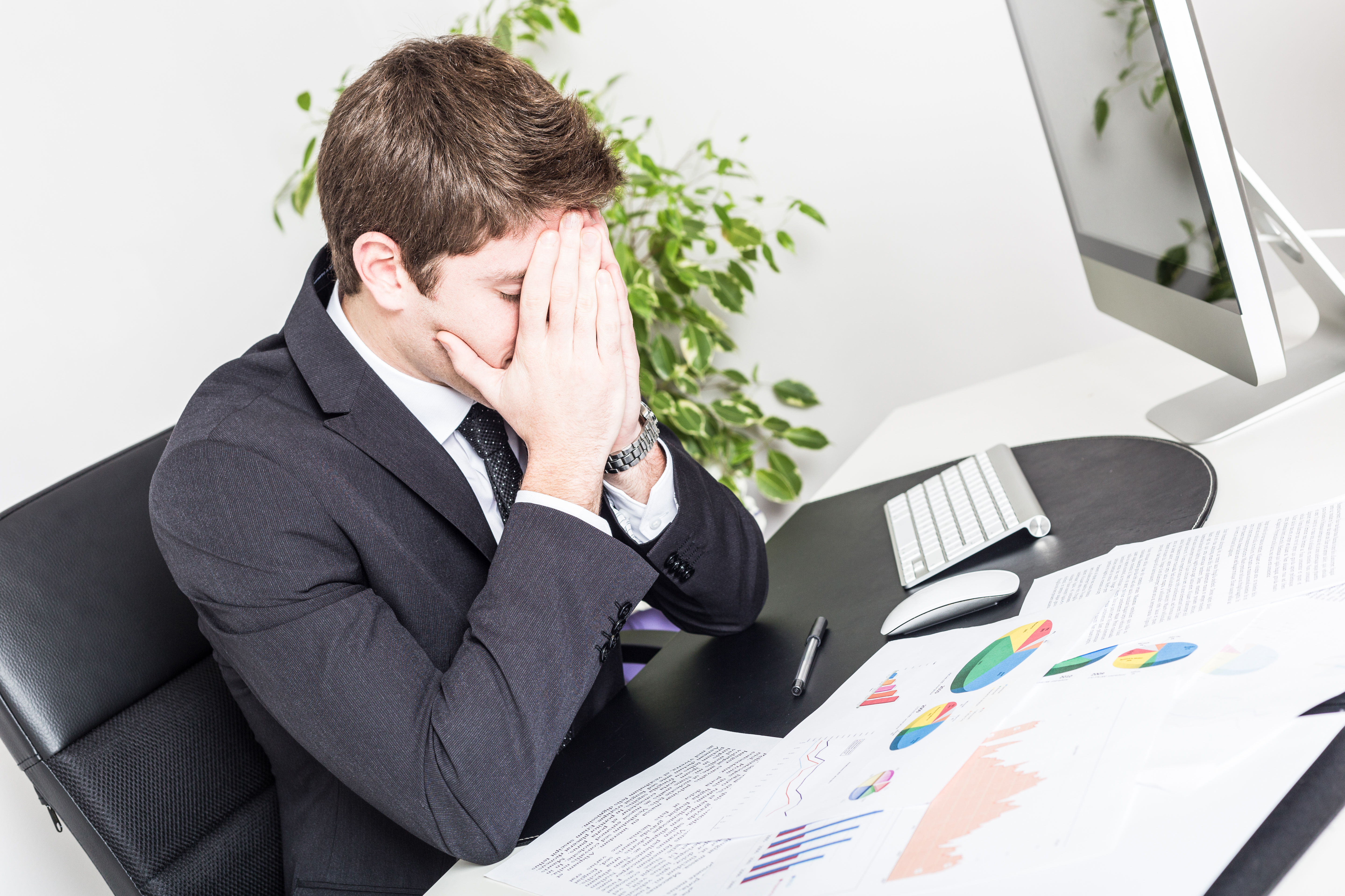 10 mistakes unhappy project managers make daily